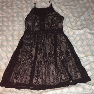 Francesca's Alya Black/Beige Lace Fit & Flare